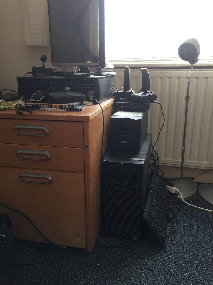 backup server and APC 750 UPS.JPG