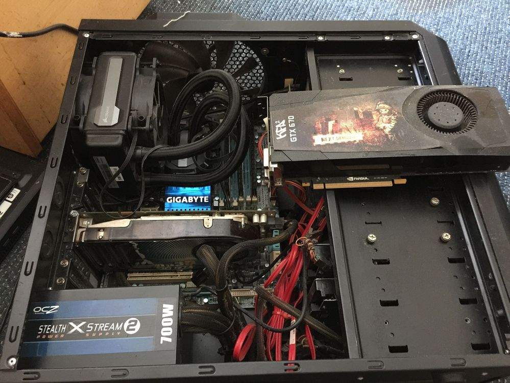 My blown up overclocked and watercooled computer and graphics card.JPG