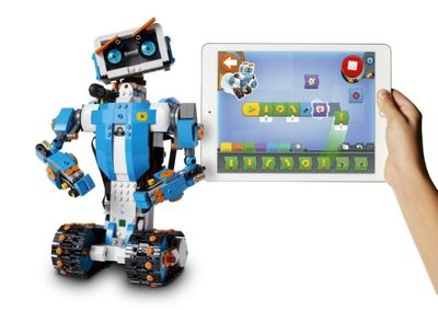 LEGO_BOOST_Tablet_Vernie-white-bckgrnd-1024x723.jpg